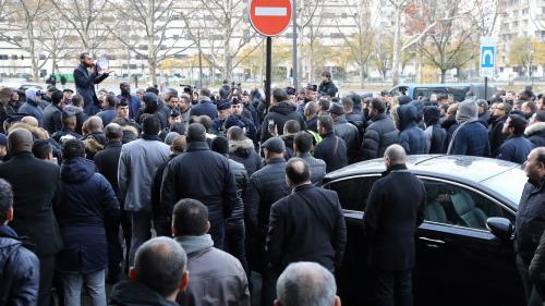 Ile-de-France : une manifestation de VTC a provoqué jusqu'à deux heures de bouchons sur le périphérique parisien
