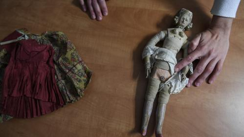 Une poupée destinée à l'éducation sexuelle à la cour de Louis XVI vendue 16 000 euros