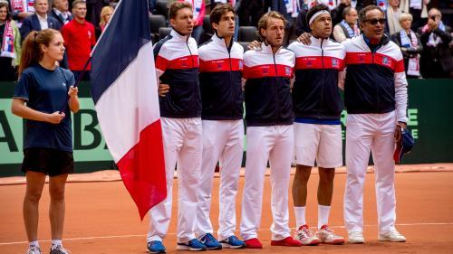DIRECT. Coupe Davis : le premier match entre Lucas Pouille et David Goffin va commencer, regardez la finale entre la France et la Belgique
