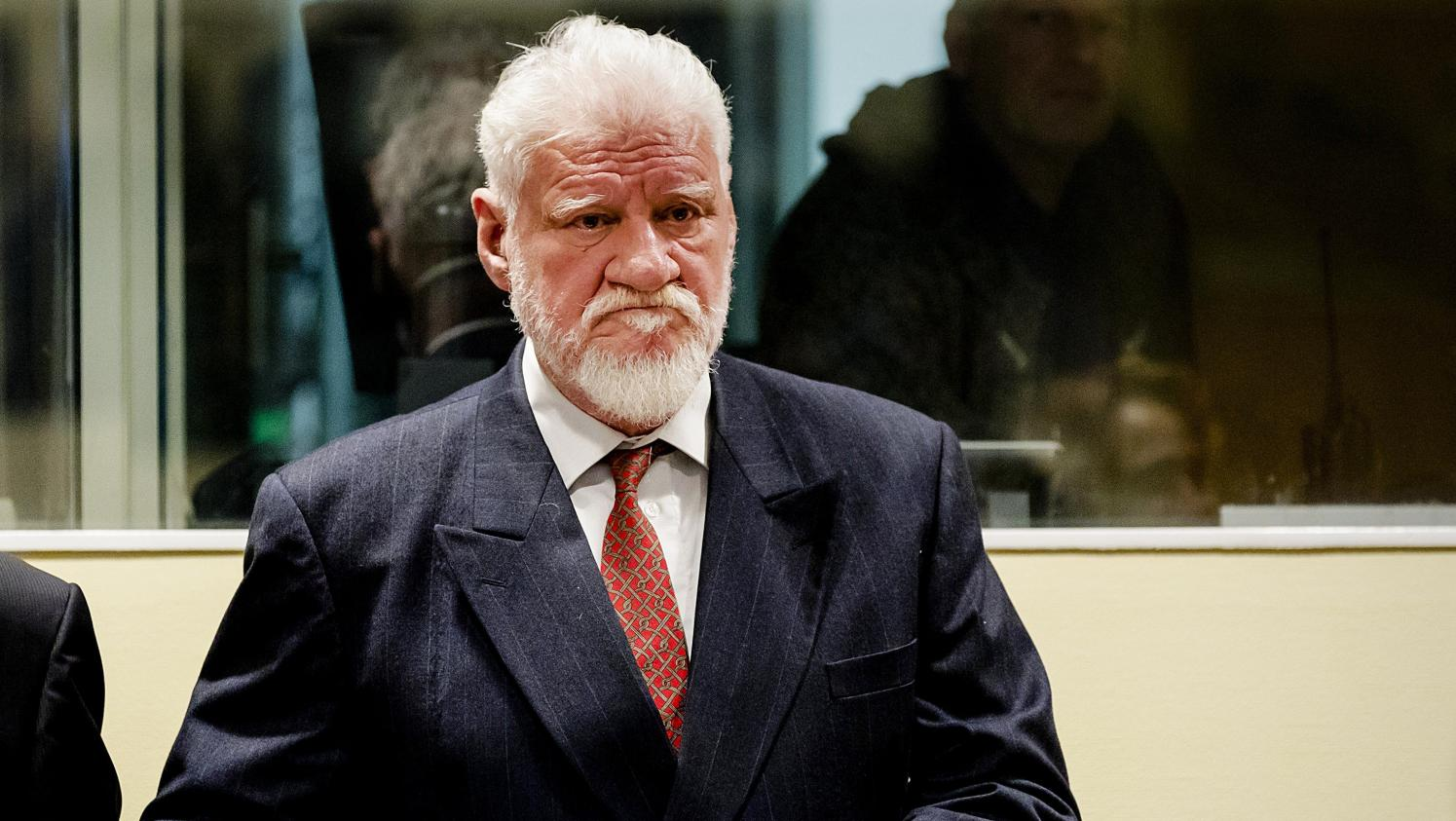 comment le criminel croate slobodan praljak a t il pu se suicider pendant son proc s. Black Bedroom Furniture Sets. Home Design Ideas
