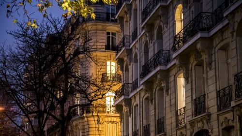 Des proxénètes animaient un réseau dans des appartements des beaux quartiers parisiens