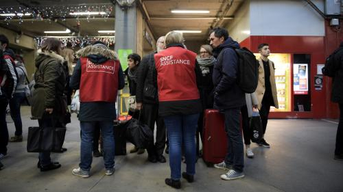"""La SNCF est """"une machine"""" qui """"manque d'empathie et de sensibilité"""", sa manière de communiquer """"doit changer"""""""