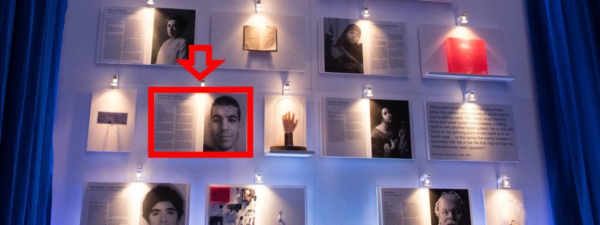 Le portrait d\'Ismaël Omar Mostefaï exposé à Berlin.