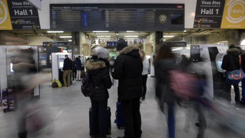 VIDEO. Grosse affluence dans les gares SNCF pour les vacances de Noël