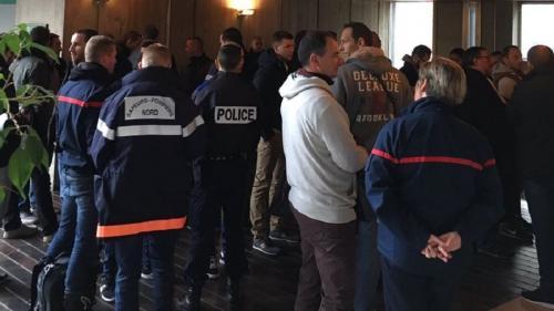 Pompiers frappés à coups de marteau et de barres de fer : quatre frères condamnés jusqu'à un an de prison ferme