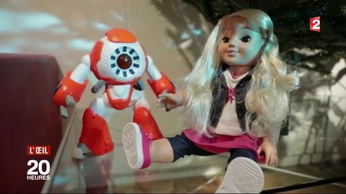 """""""C'est un objet espion au cœur de votre foyer"""" : on a testé les jouets connectés épinglés par la Cnil"""
