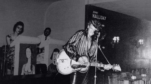 """RECIT. """"Mais qu'est-ce que c'est que ce mec ?"""" : le soir de 1960 où Johnny a lancé sa carrière dans un cabaret de l'Yonne"""
