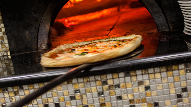 L'art du pizzaïolo napolitain entre au patrimoine de l'humanité de l'Unesco, un ministre italien s'enflamme