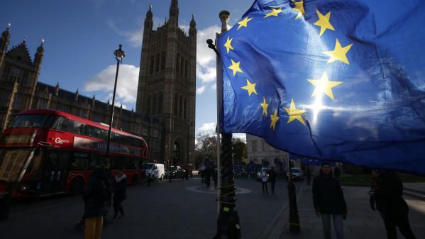nouvel ordre mondial | Brexit : un an après, le doute s'installe chez les Britanniques