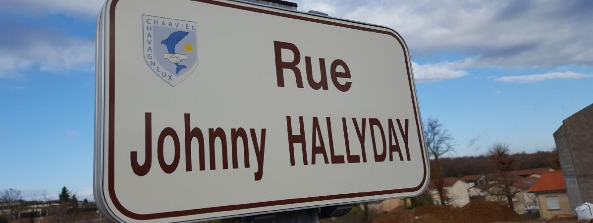 is re charvieu chavagneux la seule commune de france avoir une rue johnny hallyday se fait. Black Bedroom Furniture Sets. Home Design Ideas