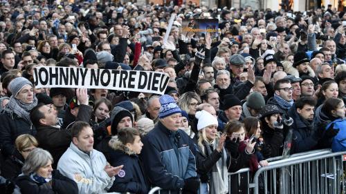 DIRECT. Grand hommage populaire à Johnny : déjà des milliers de fans rassemblés dans Paris