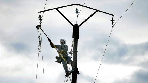 Vents violents : près de 20000 foyers privés d'électricité dans les Hauts-de-France