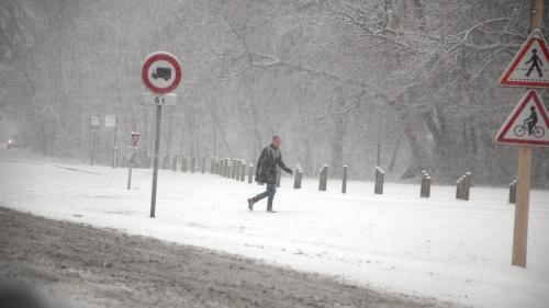 """Tempête Ana : """"Les conditions vont s'améliorer très nettement mardi"""""""