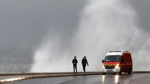 Tempête Ana : cinq départements en alerte orange et encore 22 000 foyers privés d'électricité dans le Nord et le Pas-de-Calais