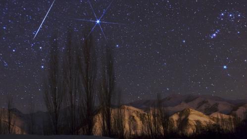 """Ce soir, préparez-vous à observer """"la plus belle pluie d'étoiles filantes de l'année"""""""