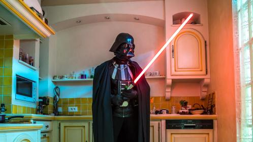 """""""Je l'attends avec force"""" : l'impatience de Dark Alain avant la sortie de """"Star Wars VIII"""""""