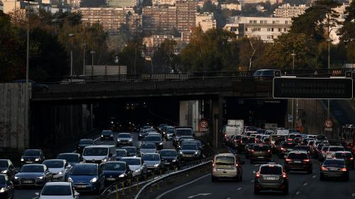 Grève sur les RER A et B : l'Ile-de-France connaît un record de bouchons sur les routes, avec 552 km de ralentissements cumulés