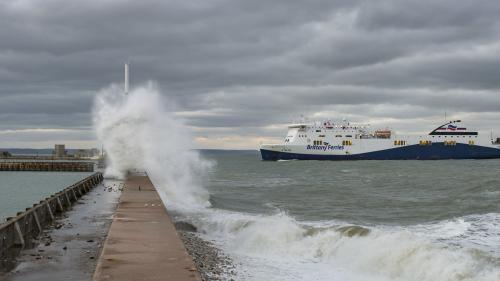 La Manche et la Seine-Maritime placées en vigilance orange vents violents pour cette nuit