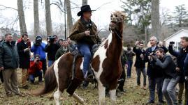 VIDEO. Sénatoriales américaines : dans l'Alabama, le cow-boy républicain battu par un démocrate