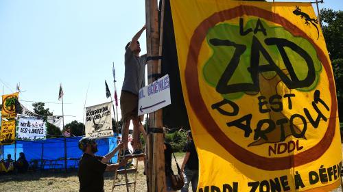 """""""Même si on part, d'autres viendront"""" : les zadistes affichent leur détermination à rester à Notre-Dame-des-Landes"""