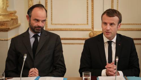La cote de popularité d'Emmanuel Macron et Edouard Philippe en hausse