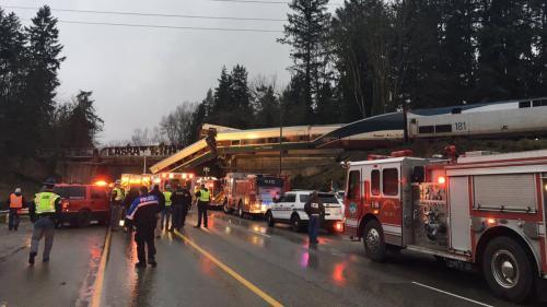 """DIRECT. Etats-Unis : le déraillement d'un train fait """"des blessés et des morts"""" selon la police de l'Etat de Washington"""