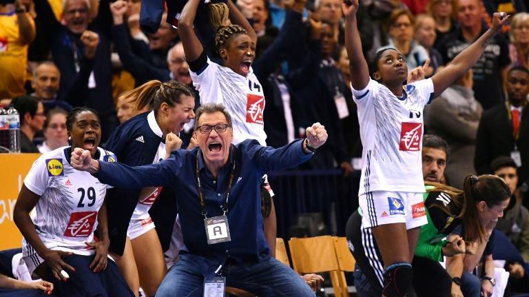 Handball emmanuel macron recevra les championnes du - Coupe de monde de handball ...