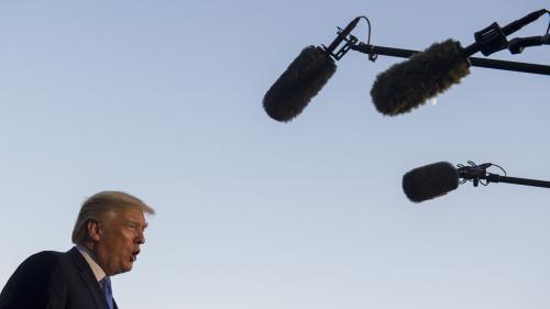 """GRAND FORMAT. """"Couvrir la Maison Blanche, c'est comme être jeté dans un lave-linge"""" : l'année tumultueuse des journalistes auprès de Donald Trump"""
