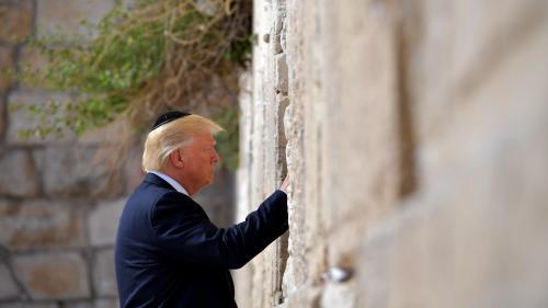 Jérusalem : une station de train près du mur des Lamentations portera le nom de Donald Trump