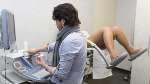 Cinq questions sur la pénurie de gynécologues en France