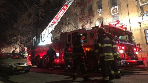New York : au moins douze morts dans un incendie, le pire depuis des décennies