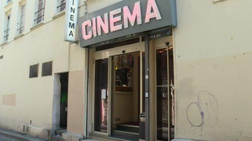 VIDEO. Le dernier cinéma porno de Paris va fermer ses portes