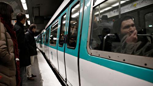 """La RATP envisage le déploiement intégral de la 3G et de la 4G dans le métro et le RER d'ici """"fin 2019"""""""
