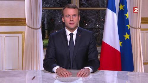 """REPLAY. """"Je continuerai à faire ce pour quoi vous m'avez élu"""" : regardez les premiers vœux d'Emmanuel Macron aux Français"""