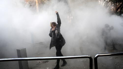Iran : au moins 10 morts lors de manifestations dimanche soir