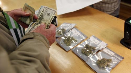 Pourquoi la légalisation du cannabis récréatif en Californie s'annonce plus compliquée que prévu