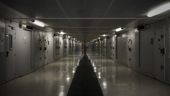 Un couloir de la prison de Fleury-Mérogis (Essonne), le 14 décembre 2017.