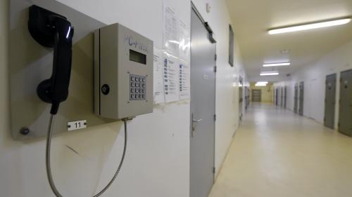 nouvel ordre mondial | Téléphones fixes en prison : aux Baumettes, les familles sont contentes, les surveillants grondent