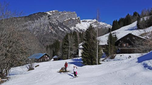 Tempête Eleanor: un vacancier de 21ans meurt sur une piste de Haute-Savoie