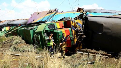 VIDEO. Afrique du Sud : une collision entre un train et un camion fait au moins 14 morts