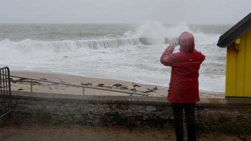 DIRECT. Tempête Eleanor : la vigilance orange levée en Corse, dans le Var et les Alpes-Maritimes, 21 départements toujours concernés