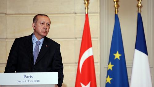 VIDEO. Le président turc Erdogan s'en prend à un journaliste après une question sur la Syrie