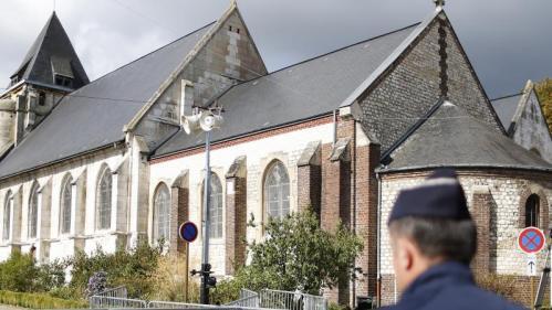 """Saint-Etienne-du-Rouvray : une enquête ouverte pour """"faux"""" et """"usage de faux"""" après les accusations de Mediapart contre les renseignements"""
