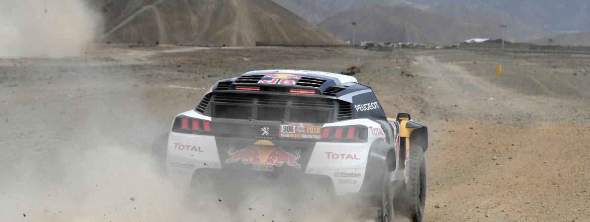 Session d'entrainement du pilote Sébastien Loeb et de son co-pilote Daniel Elena à San Bartolo à 75km au sud de Lima, le 4 janvier 2018.