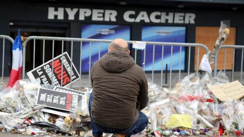 """""""En Israël, on a des soldats qui peuvent nous défendre"""" : les raisons d'un couple parti de France après l'attentat de l'Hyper Cacher"""