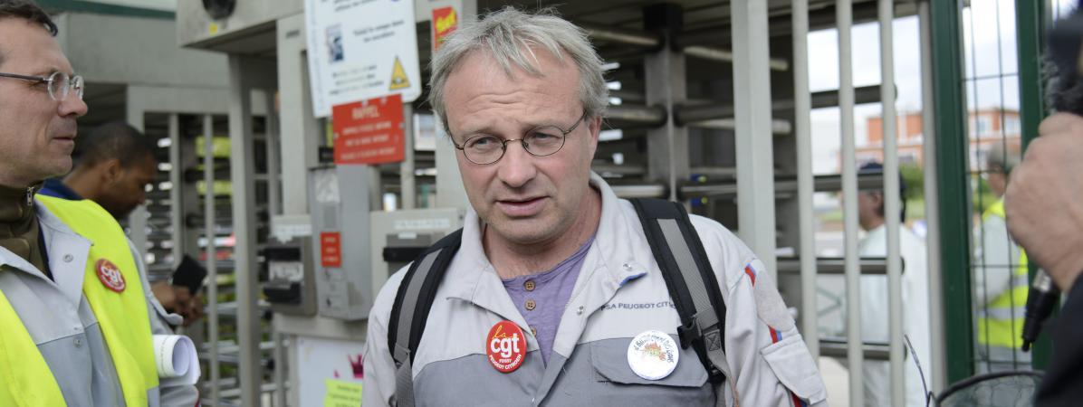 Jean-Pierre Mercier, délégué central CGT du groupe PSA, le 23 mai 2014, sur le site de PSA à Poissy (Yvelines).
