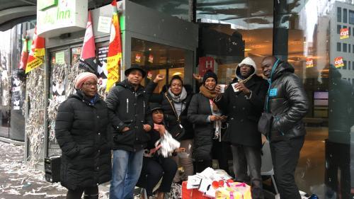 """""""Marre d'être des esclaves"""" : des salariés du nettoyage dénoncent leurs conditions de travail à l'Holiday Inn de Clichy"""