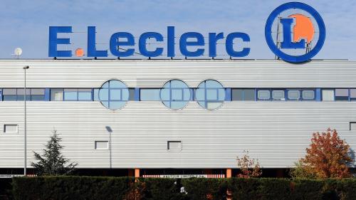 """Lait contaminé vendu par E. Leclerc: """"Clairement, on a eu une faille"""", reconnaît Michel-Edouard Leclerc"""