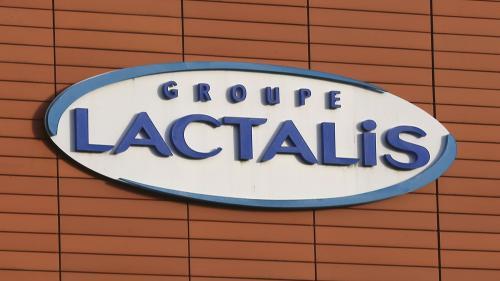 Lait infantile contaminé : ce qui est reproché à Lactalis