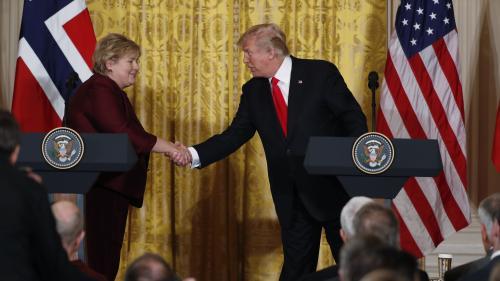 """Etats-Unis : Donald Trump annonce vendre à la Norvège un avion... qui n'existe que dans """"Call of Duty"""""""